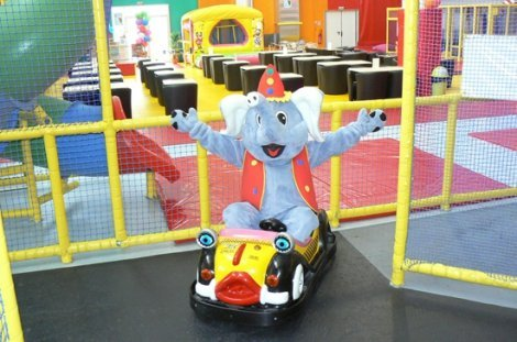 Parc de jeux couvert Badaboum'Circus - Angers