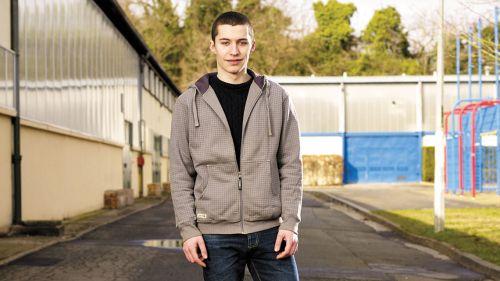Aider les jeunes en difficulté à trouver leur place dans la société