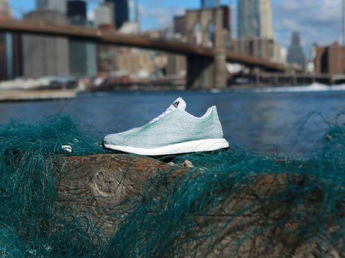 basket adidas fabriqué à partir de déchets marins