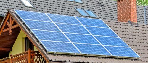 chauffage à l'énergie solaire avec des panneaux solaires