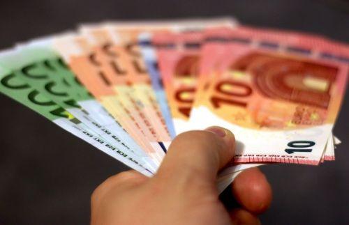Le paiement cash ou au comptant